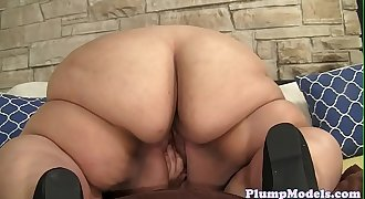 Solo ssbbw seducing cunt with favorite toys