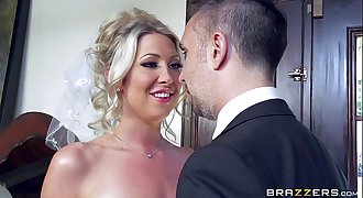 Lexi Lowe gets one last dick before the wedding